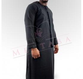 Qamis emirati noir